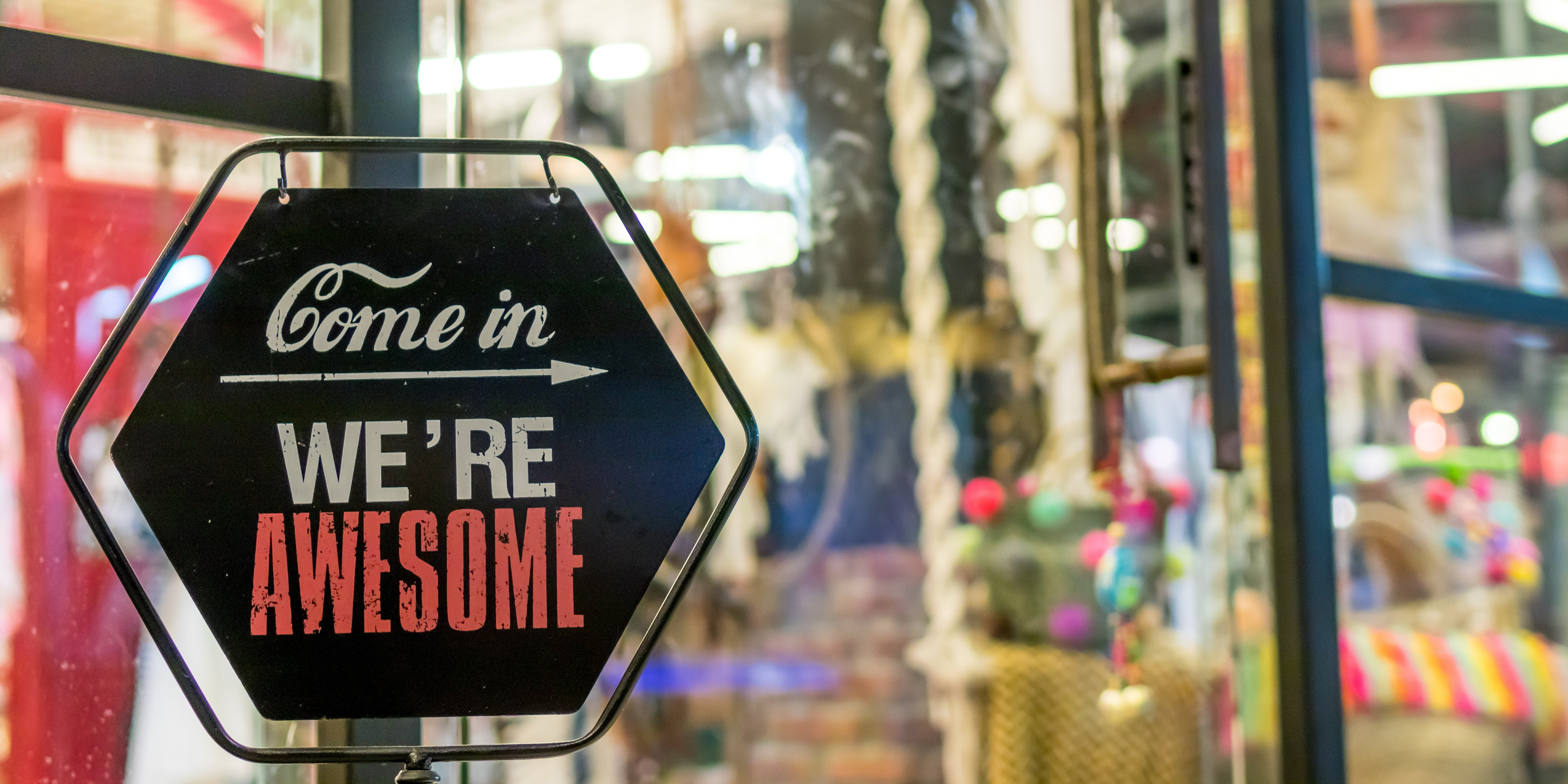 come-in-we-re-awesome-sign-1051747