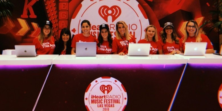 iheart check-in desk-068072-edited